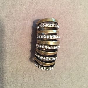 Jewelry - SooIhnKim Stella Gold and Crystal Armor Ring, Sz 7