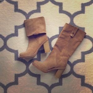 UGG Suede Fashion Boots 7.5