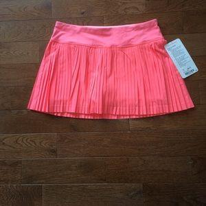 ❤️Lululemon Pleat To Street Skirt-NWT❤️