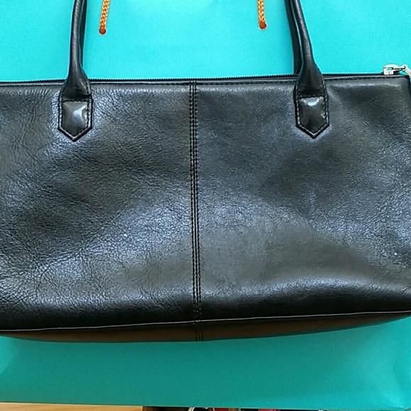a14d5537fafe HOBO Handbags - Hobo International Lola Leather shoulder bag