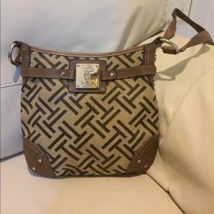 Tignanello Handbags - Tignanello crossbody