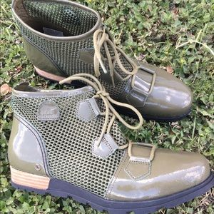 Sorel Other - And the beat goes on in Sorel boots!