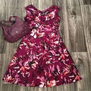 East 5th Dresses & Skirts - CUTE PETITE FLORAL DRESS NWT