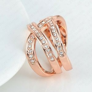 Jewelry - New In! Austrian Crystal Rose Gold Net Weave Ring