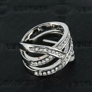 Jewelry - New In!! Austrian Crystal 18k Platinum Weave Ring