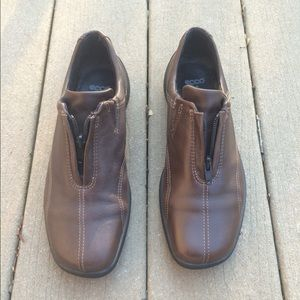 Ecco Shoes - Ecco Brown Leather Zip Shoes