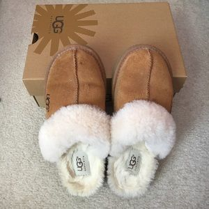 UGG Other - US3 UGG slippers barely worn!