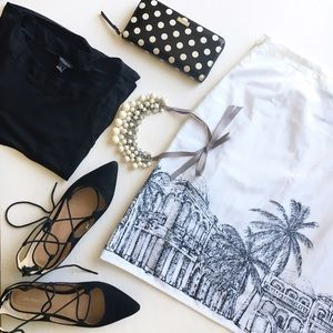 Van Heusen Dresses & Skirts - Skirt ⚫️⚪️