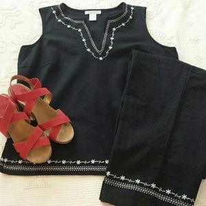 Dress Barn Tops - Dress Barn 2 piece linen pantsuit