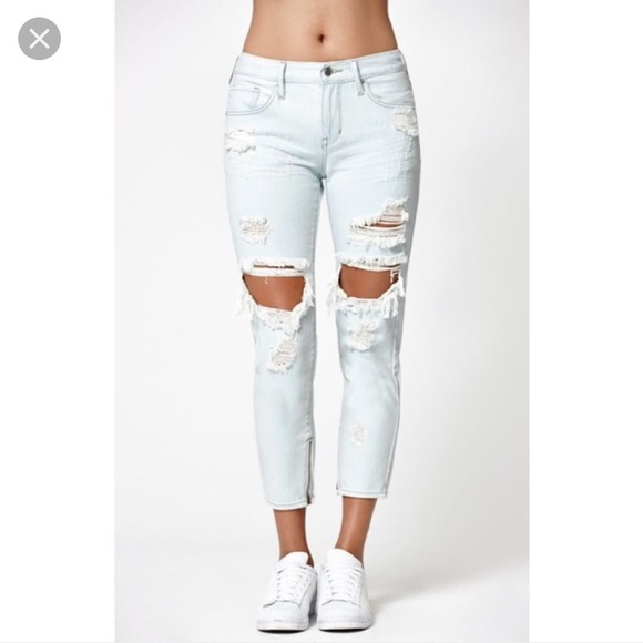 77 off kendall kylie denim kendall and kylie light wash distressed zip jeans from anna 39 s. Black Bedroom Furniture Sets. Home Design Ideas