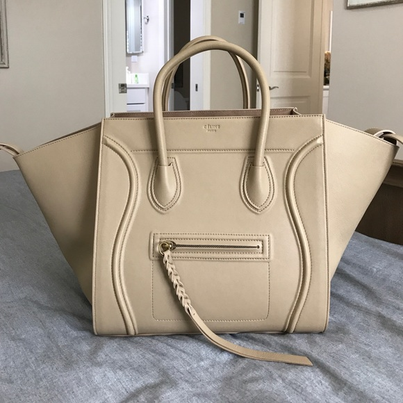 fd0104b047 Celine Handbags - Celine Phantom Luggage Tote Medium Nude beige EEUC