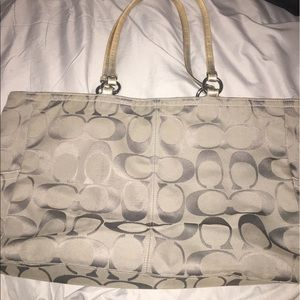 """Coach tote bag """"Gabby"""" authentic."""