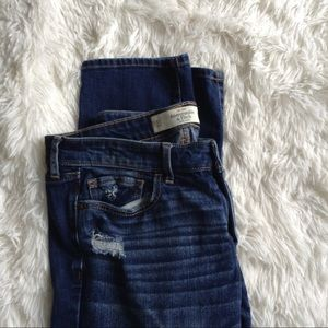 ABERCROMBIE & FIITCH blue distressed skinny jeans