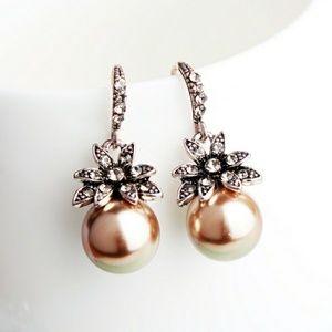 Jewelry - Golden Pearl Crysral Drop Earrings
