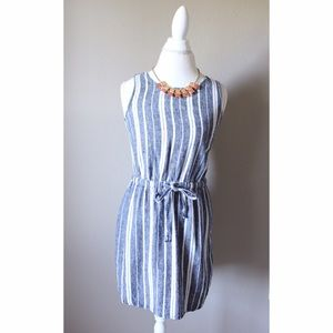 Old Navy Dresses & Skirts - Blue and white Stripe dress from old navy size S