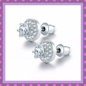 🌝White Gold and White Sapphires Stud Earrings🌝