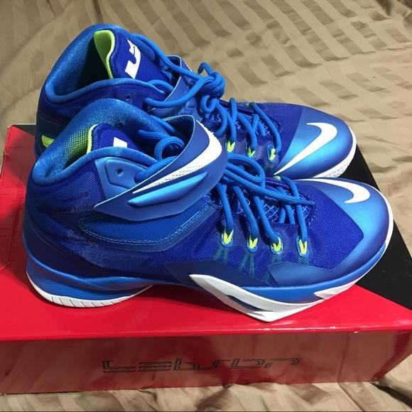 a5f53efbb77 Nike Lebron Soldier 8 (Blue) SIZE 9.5. M 5917a91a2fd0b73b870c07b6