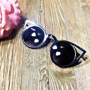 """Accessories - """"Femme Fatale"""" cat eye cutouts invader dupes"""