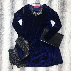 Boohoo Dresses & Skirts - BooHoo • Midnight Blue Velvet Dress
