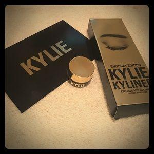 Kylie Cosmetics Other - Kylie cosmetics gel kyliner in dark bronze