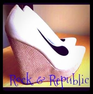 Rock&republic wedges