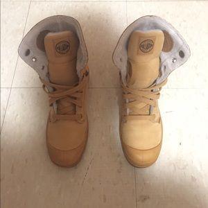 Palladium Shoes - Palladium Hi Original Boot (Women)