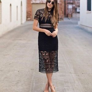 🆕 black lace midi dress with side slits