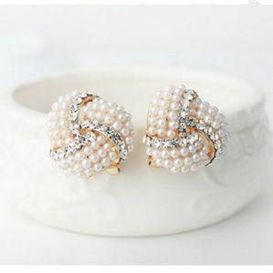 Jewelry - Crystal Little Pearl Stud Earrings