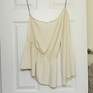 Tops - Beige blouse