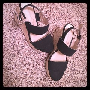 Other - Black wedges