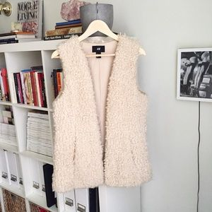 H&M Jackets & Blazers - H&M ⭐️ Faux-Shearling Fur Vest with Pockets