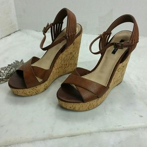 Forever 21 cork wedge heels sz 6.5 Brown