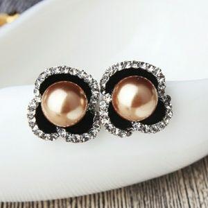 Jewelry - Golden Pearl Crystal Black Flower Stud Earrings