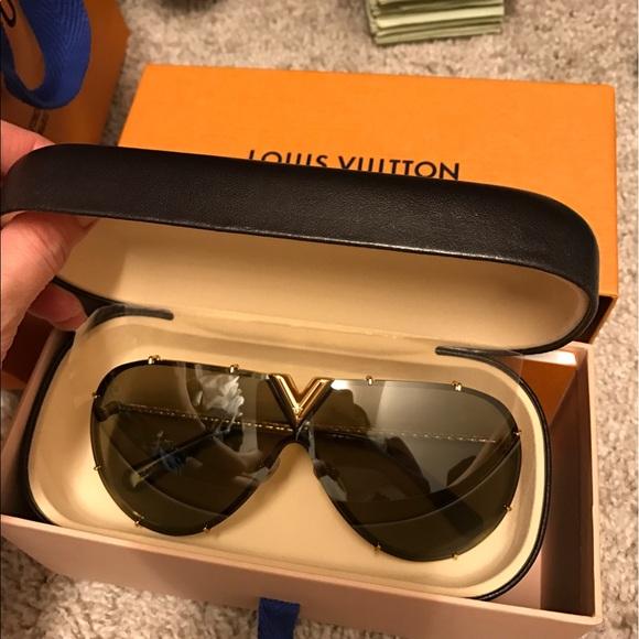 44b192e95c30 Louis Vuitton Accessories | Lv Drive Sunglasses | Poshmark