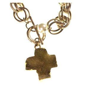 Jewelry - NWT envious cross stone link bracelet