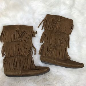 Minnetonka Shoes - Minnetonka Moccasin Mid Calf 3-Layer Fringe Boots