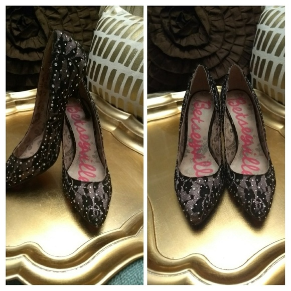 73 betseyville shoes betsey johnson pink purple
