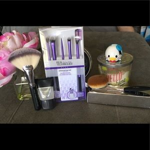 Real Techniques Other - Wake Up To Makeup💋Real Techniques,PUR &Crown BNIB