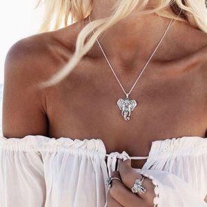 Beautiful Howlite stone Elephant Necklace