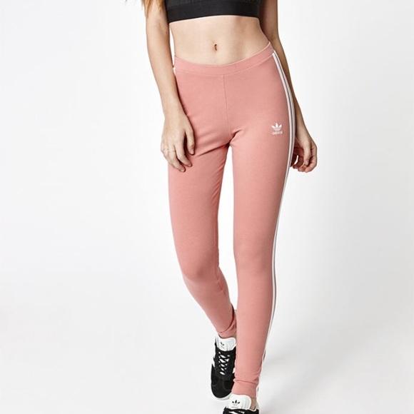 0224367521f17 Adidas pink three stripe leggings. M_591830968f0fc497050d79aa