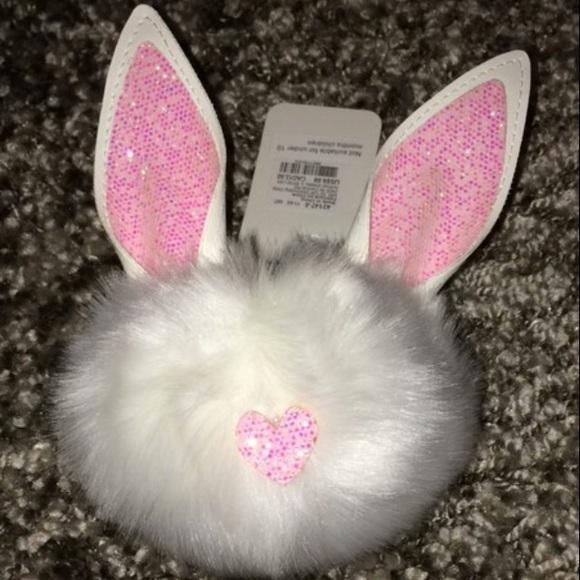 Claire's Accessories - 🐇🐰 Bunny Rabbit Keychain 🐰🐇