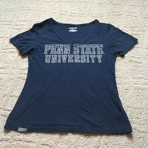 Jansport Tops - 🔴Ladies v-neck Penn State University tshirt