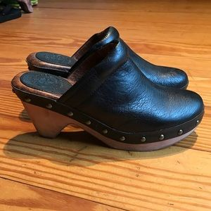 Shoes - Lucky Brand Clogs