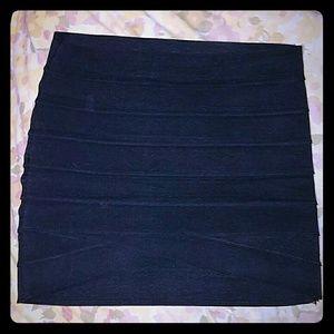 🆕*Black Bandage Mini Skirt*🆕
