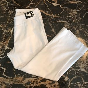 European Culture Pants - NWT White Capri's