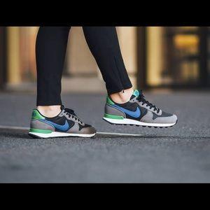 Nike Shoes - NIKE WOMEN'S INTERNATIONALIST