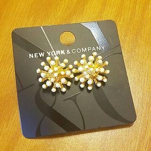New York& Company Flower bloom Earrings