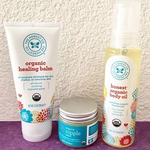 The Honest Company Other - Honest Company New Mom, Pregnant Skincare Bundle