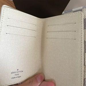 Louis Vuitton Bags - Authentic Louis Vuitton Koala wallet