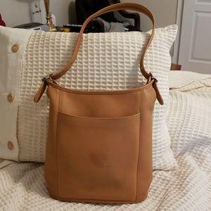 Coach Handbags - Coach Vintage legacy bucket style 9060